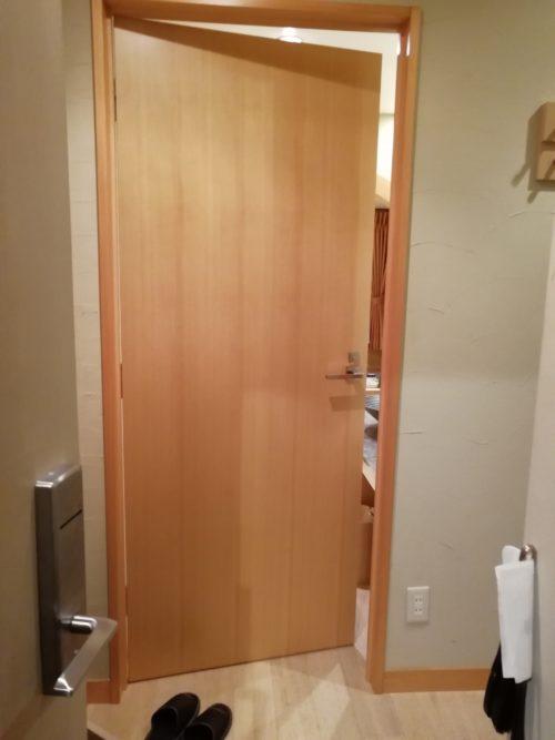 ミッドイン川崎客室ドア