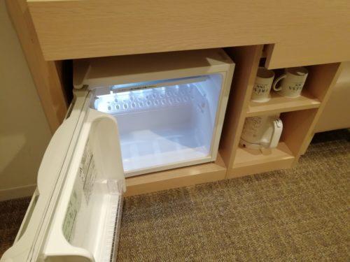 デスク周りの冷蔵庫