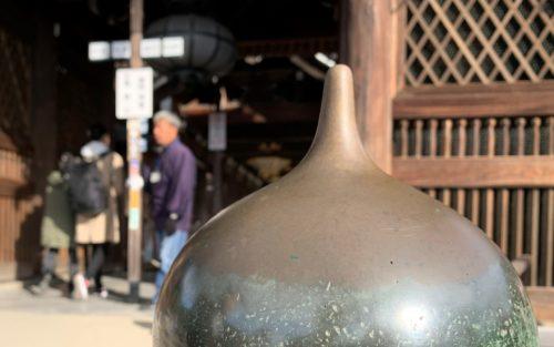 清水寺の本堂前