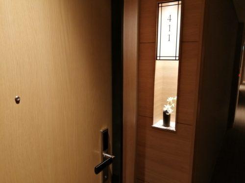 連の早野ドア