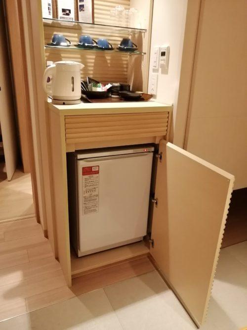 連の客室の冷蔵庫