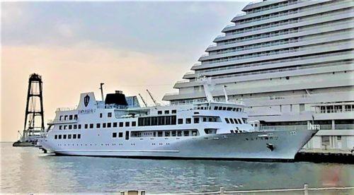 ルミナス神戸2の船体1