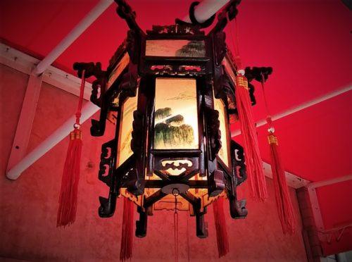 南京町の灯篭
