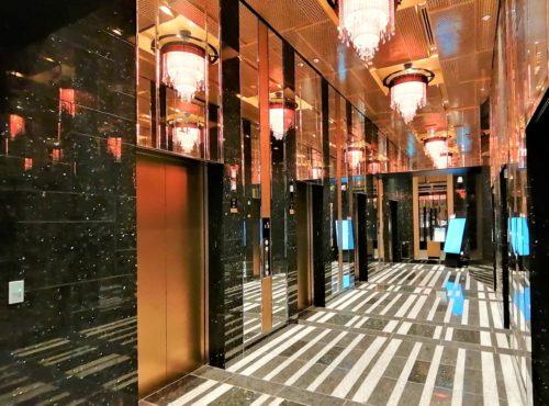 アパ横浜のエレベーター1