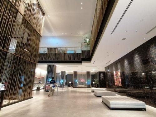 アートホテルエントランス2