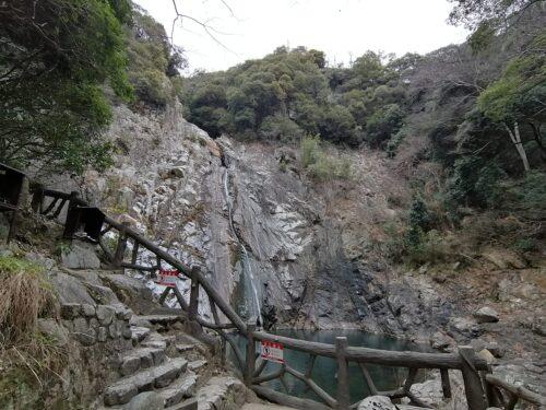 布引の雄滝5