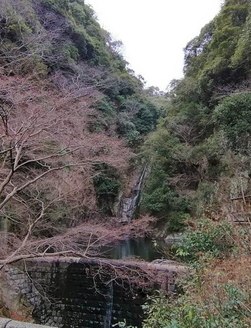 布引雌滝の全貌2