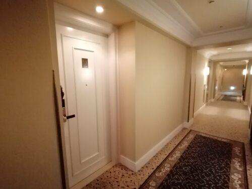 阪急ホテルの廊下2