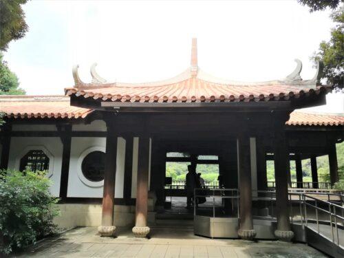新宿御苑の御涼亭1