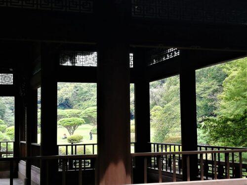 新宿御苑の日本庭園2
