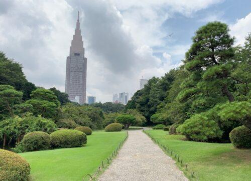 新宿御苑の日本庭園1
