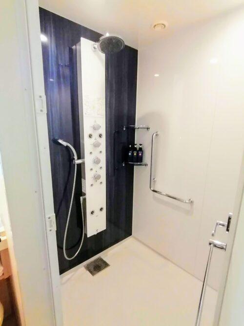 アクアスクエア-706-シャワー