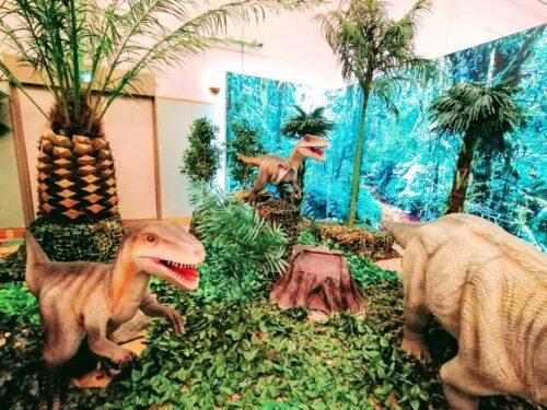 後楽園ホテル恐竜8