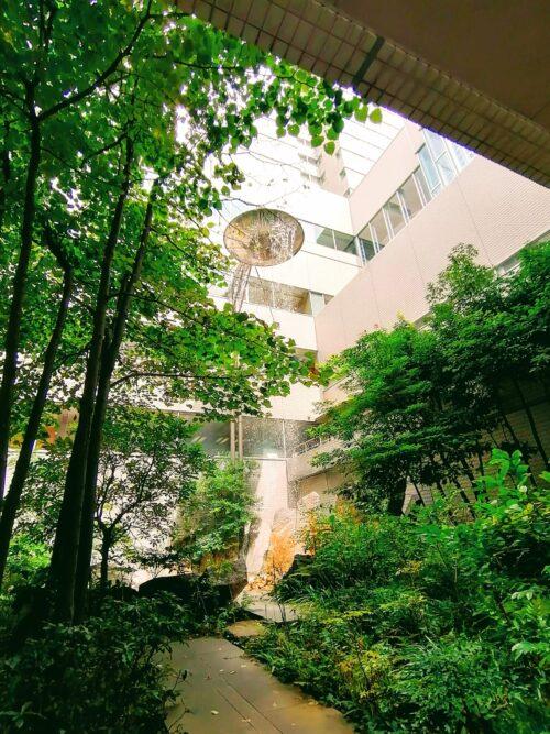 後楽園ホテル中庭